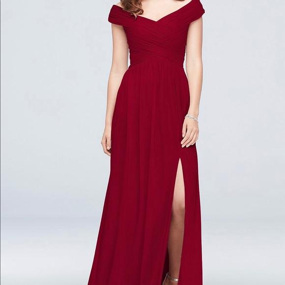 9e45e192206 Crisscross Off-The-Shoulder Mesh Bridesmaid Dress